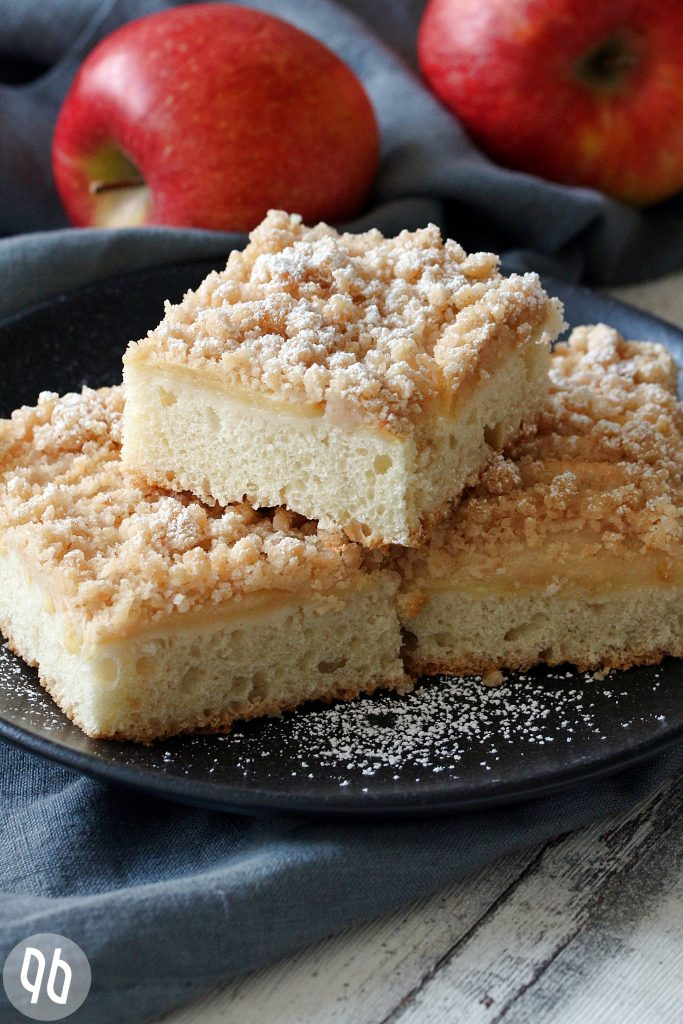 Apfelkuchen vom Blech ( Rezept)
