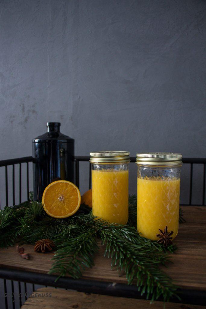 Selbstgemachter Orangen-Gewürzsirup