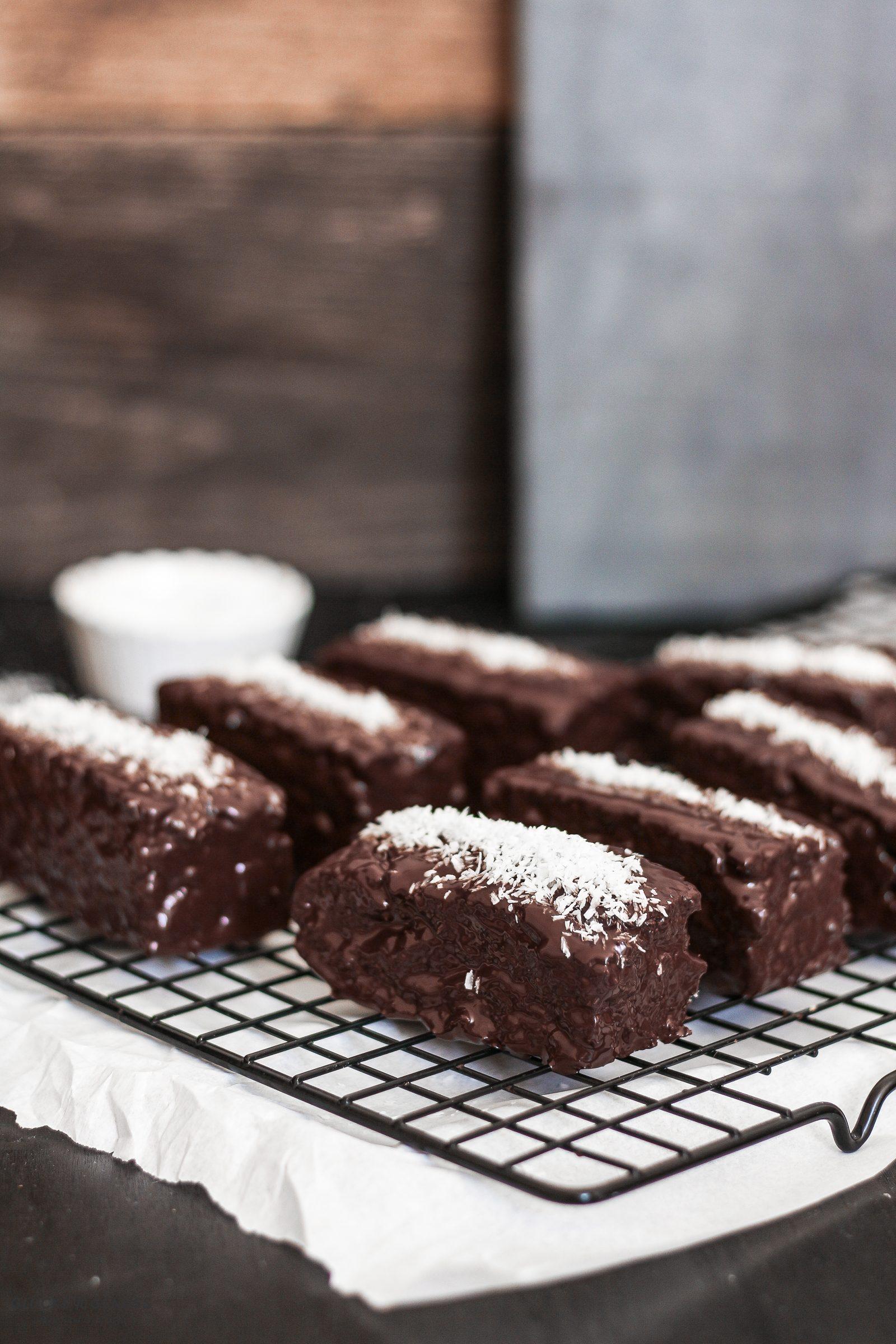 Rezept Bountykuchen Mit Kokos Schokolade Glucksgenuss