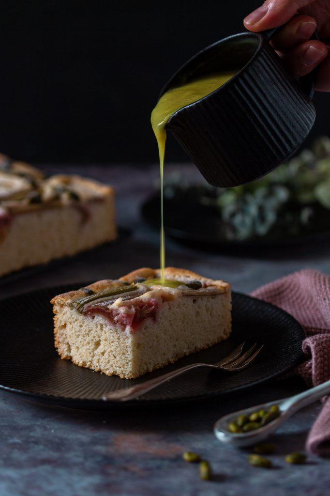 Einfach & schneller Rhabarberkuchen