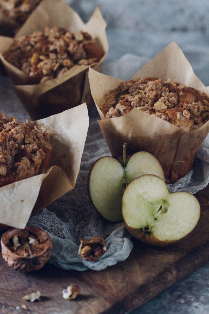 Apfelmuffins mit Knusper-Zimtkruste
