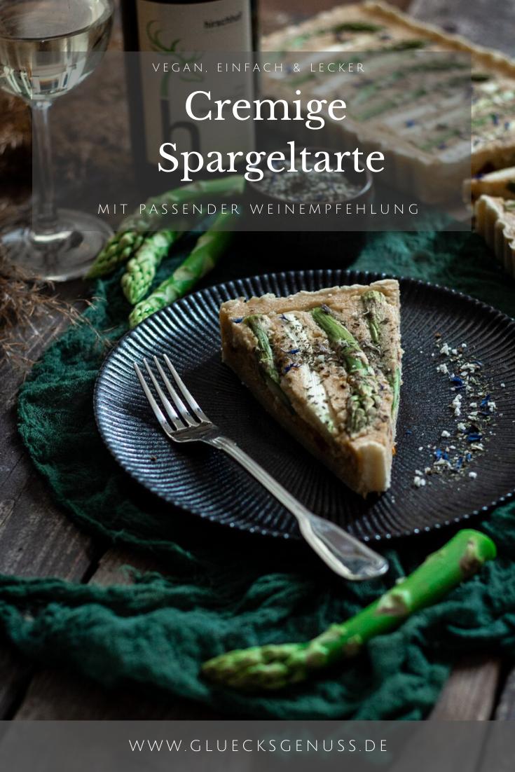 Spargeltarte mit grünem und weißem Spargel und Weinempfehlung