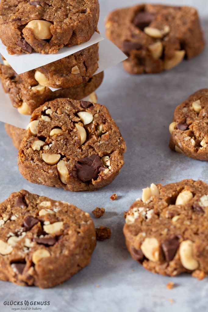 vegane Schokoladen-Erdnuss-Cookies
