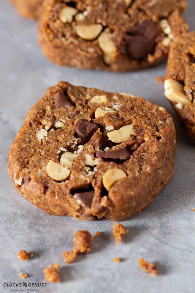 Schokoladen-Erdnuss-Cookies Nahaufnahme