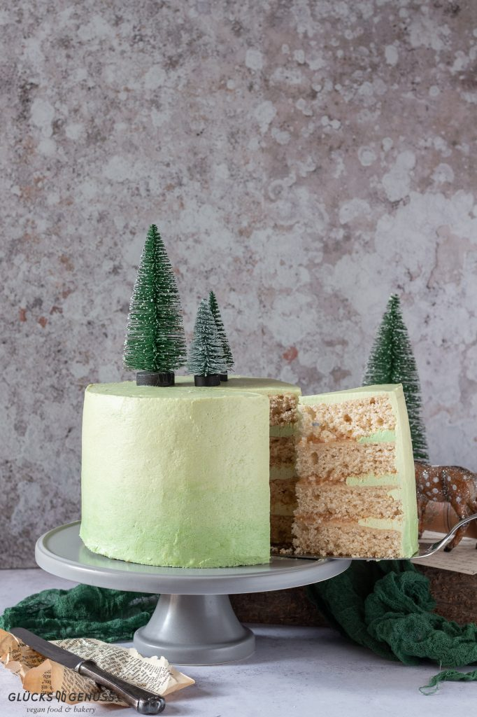 Apfel_Biskuit_Torte-weihnachtliche_Torte
